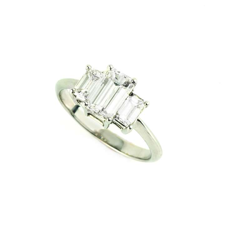 18k White Gold 3 Stone Emerald Cut Diamond Ring 1.15ct I/J VS2